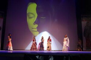 Fashion Show 2013 (4)