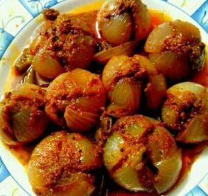 Zaykedaar Jhatpat Stuffed Masala Onion!
